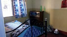 Good location house rent only for govt.service men, Bank employee.