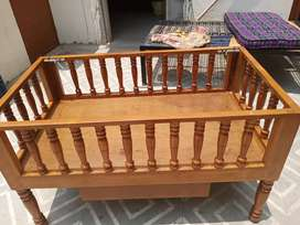 Baby bed with a single drawer(0-5year baby)