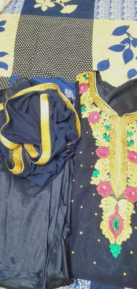 Georget embroidery part wear suit