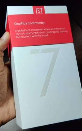 one plus 7 6 gb ram 128 gb rom perfect condition