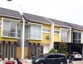 Siap di huni rumah Dekat Swalayan ADA, Jalan Raya Tembalang Sambiroto