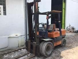 Forklift 3 ton toyota