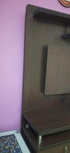 Brown pattern cabinet