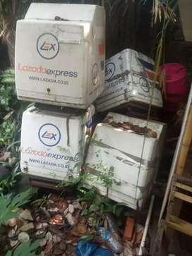 Box delivery bekas