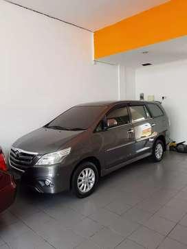 Mobil Toyota Innova V Bensin 2014 Matic