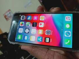I phone 6 64 gb smooth condition battery 90%%