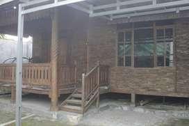 SEWA RUMAH (rumah gedong jati dengan nuansah desa namun di kota)
