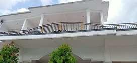 Rumah 2 kavling dan 2 lantai