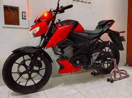 Suzuki GSX S BlackRed 2017 AD SOLO. Good Condition
