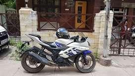 Selling my Yamaha r15 v2