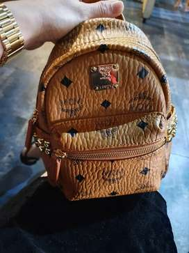 Tas Branded MCM Authentic Asli Like New.