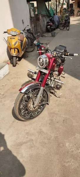 Royal Enfield chrome classic 550cc