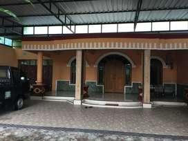 Rumah Mewah dekat Embarkasi Haji Ada Gudang Ruang Usaha Tanah Luas