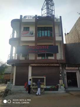 84 gaj me Main Sikar Road par Commercial property