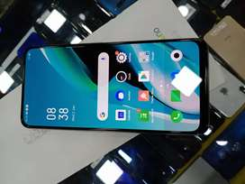 Oppo Reno 2 8GB 256GB 1 Month old at 23900