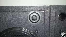 Urgent sale amlifier and 2 speaker