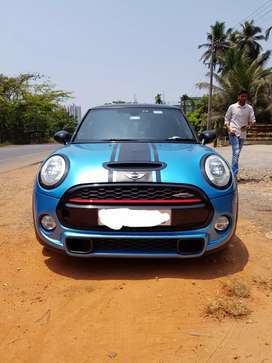 Mini JCW (John Cooper Works) in immaculate condition