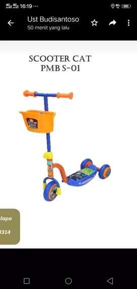 SCOOTER CAT Roda Tiga Untuk Anak 3-7 Tahun