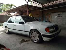 Mercedez Benz 300E (BOXER BECAK) Langka th1987 tgn1 dr baru