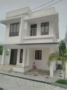 3.4 cent 1400 sqft 3 bhk new build houses at kakkanad near thevakkal