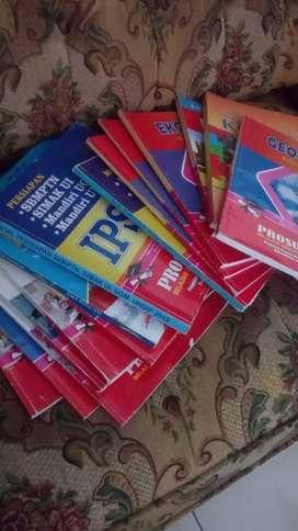 Buku sekolah SMA xll
