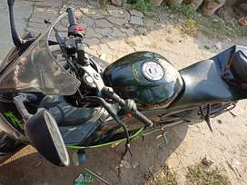 R15 Best condition (Currently in delhi)