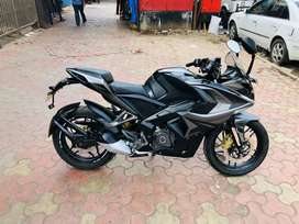 RS 200 bs4.2018 model .1st owner .at SS MOTORS