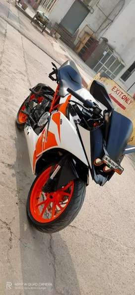 Ktm rc 200  ( Bike point )