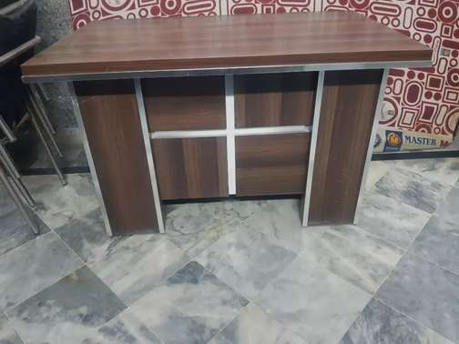 Office  table or reception table