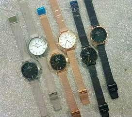 Di jual jam tangan untuk pakai,hadiah,koleksi dll