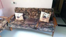 2 bhk rent for good Furniture