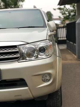 Toyota Fortuner AT 2011 diesel type G