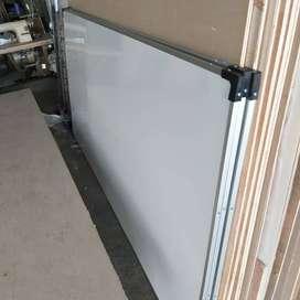 papan tulis 90x180cm gantung non magnetik
