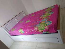 Tempat tidur minimalis dengan laci #28