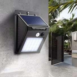 Lampu taman  sensor tenaga solar