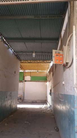 space on prime location of gulshan e Iqbal.