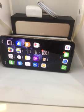 I PHONE 11 PRO MAX 256GB GOLD COLOUR BRAND NEW WITH WARRANTY