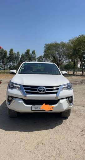Toyota Fortuner 2017 Top Model  4 x 4 Automatic