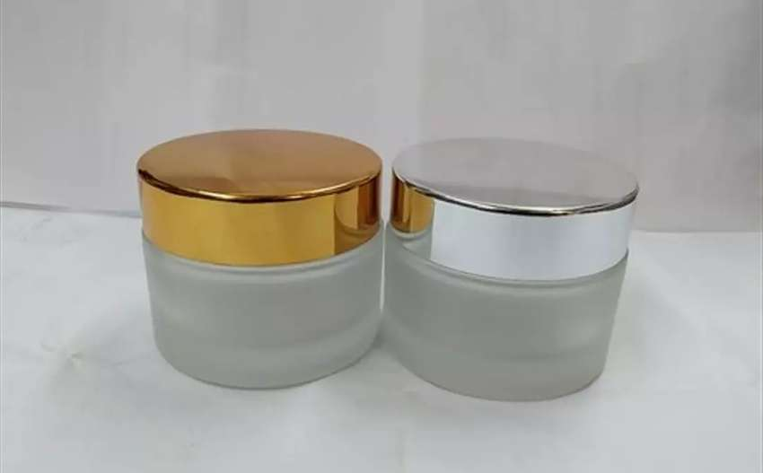 50gm Frosted Glass Jar with almunium Golden & Silver lid For Cosmetic 0