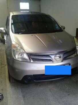 Dijual Nissan Grand Livina SV Akhir Tahun 2012 kondisi mulus terawat