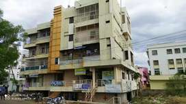 Best constructed and well maintained flat . Great deal