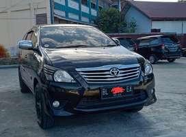 Toyota innova 2.0 type G