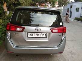 INNOVA CRYSTA 2.8G, SILVER METALLIC COLOR, DIESEL, SINGLE OWNER