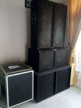 Dijual Speaker 12 inch 6 Unit & Hardcase Power 16U