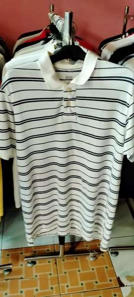 T'shirt UNIQLO size L