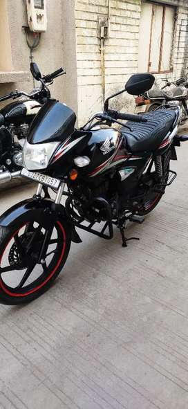 Honda CB shine for sell Model 2017 Disc break