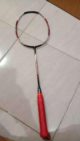 Raket badminton yonex 20 DG