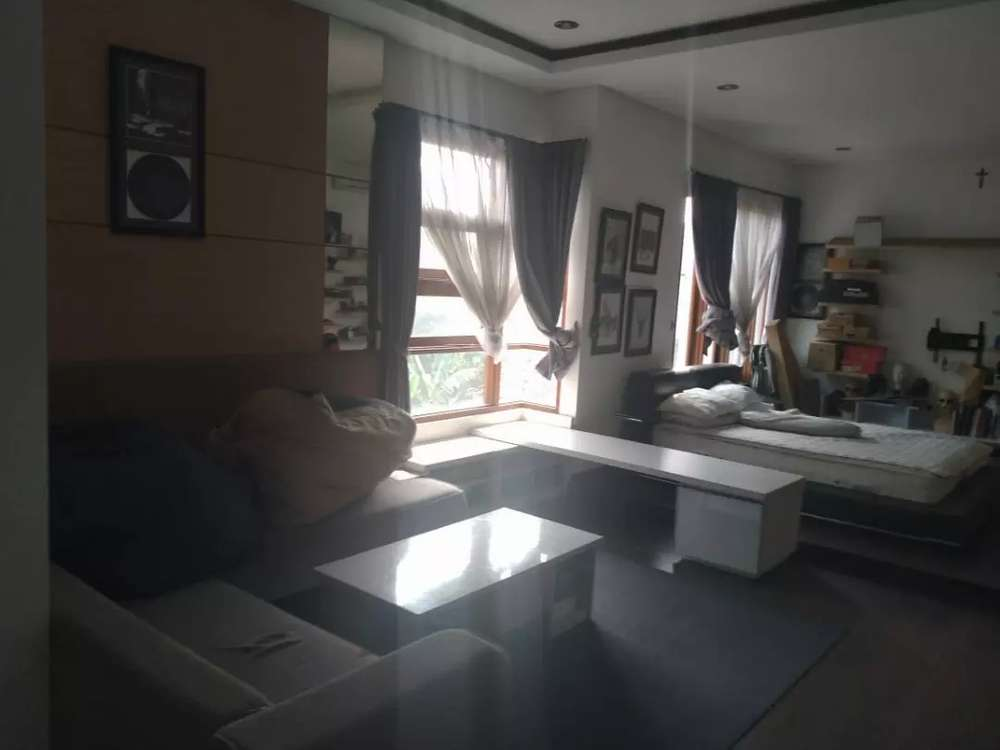 rumah 3 lantai minimalis modern fullfurnish di area dago pojok