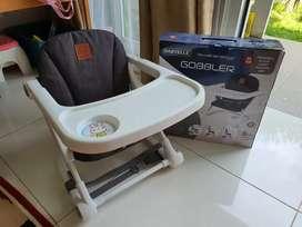 Babyelle gobbler kursi makan bayi