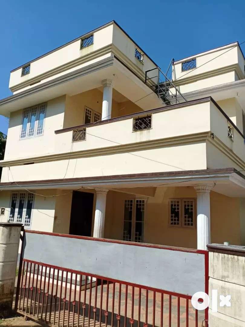 3 bhk  1650 sqft new build ready to occupy house at aluva near kombara 0